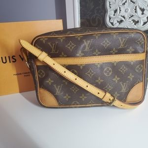 Authentic Louis Vuitton TROCADERO 27